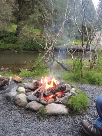 Alaska Creekside Cabins: our fire pit