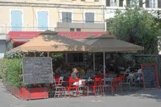Le café de la place : Café de la place - St Rémy de Provence