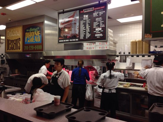 Portillo's: Large staff keeps things moving in the very busy kitchen