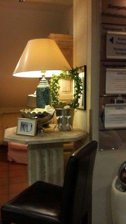 Hotel Victoria : Welcome drink corner.