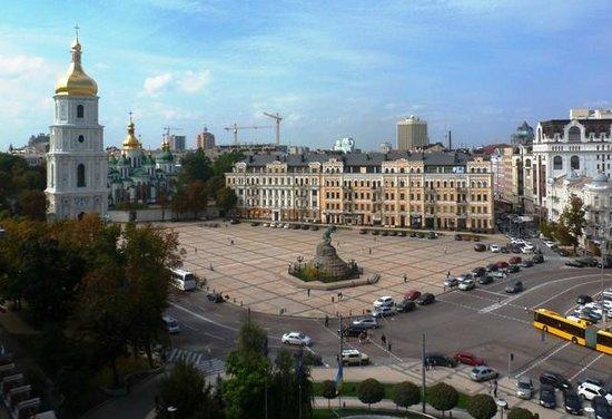 Hyatt Regency Kiev: St Sophia's Cathedral and square from Hyatt Bar on 8