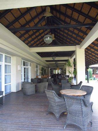 Hotel Vincci Costa Golf: Bonitas zonas comunes pero muy deterioradas