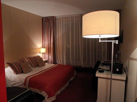 Hotel Casino des Palmiers: Chambre 308