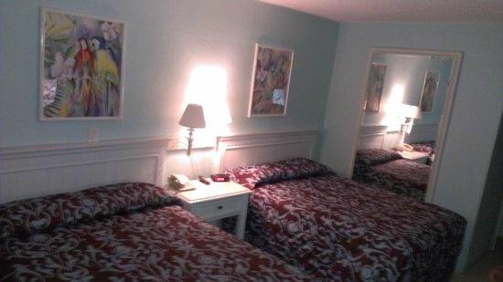 Galt Villas Inn: camas 2