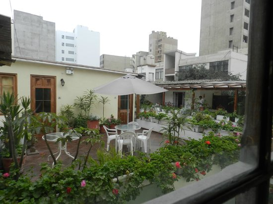 Hostal El Patio: other common patio area