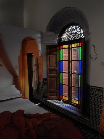 Riad Tayba: Stained glass windows