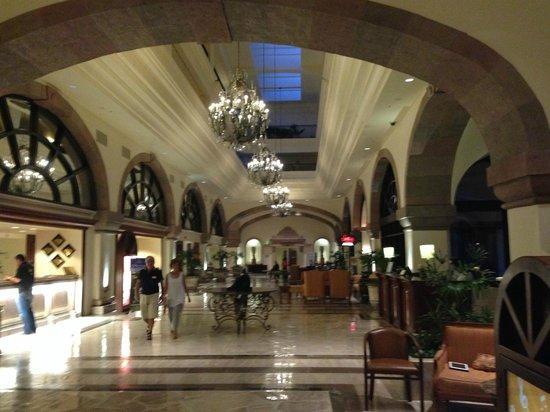 Marriott Cancun Resort: Lobby