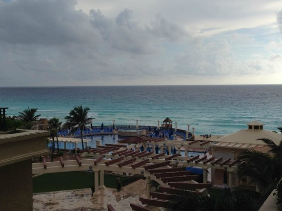 Marriott Cancun Resort: Beach View