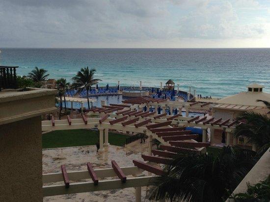 Marriott Cancun Resort: Pool area