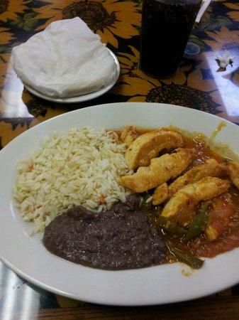 El Carbonero: Chicken dishes are delish!
