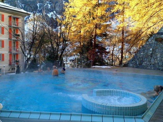 Hotel Les Sources des Alpes: Thermes extérieurs