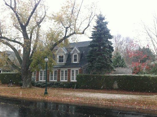 Mill House Inn : outside view