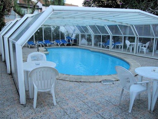 Bristol Hotel: Pool Area
