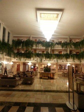 Spring Hotel Vulcano: Lovely Hotel reception