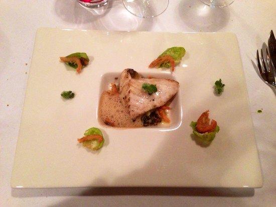 L'Esprit du Vin : Pavé de turbot sauvage sur un couscous de choux fleur, effeuillé de choux de Bruxelles et crevet