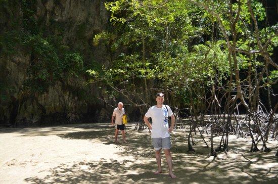 Laguna Tours: Caves