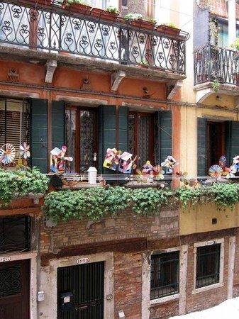 Hotel Al Ponte Mocenigo: View from room #21