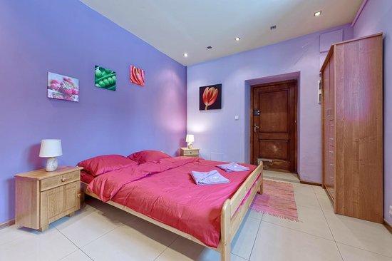 Princess Apartments: Princess 4