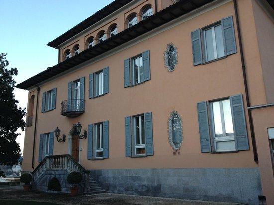 Villa Sassa Hotel, Residence & Spa: Το κτήριο της reception