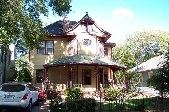 Fourth Ward: Historic home