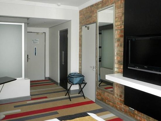 Protea Hotel Victoria Junction Waterfront: room