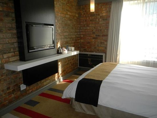 Protea Hotel by Marriott Cape Town Victoria Junction : room