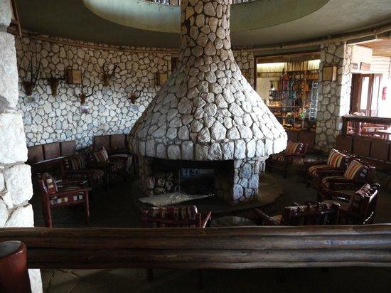 Sarova Salt Lick Game Lodge: Inside lobby
