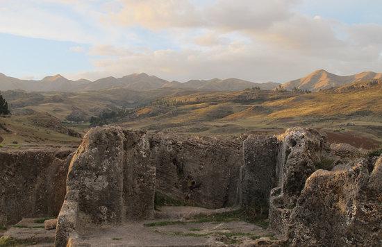 Rumi Tumi Tours: Parque Arqueologico Sacsayhuman