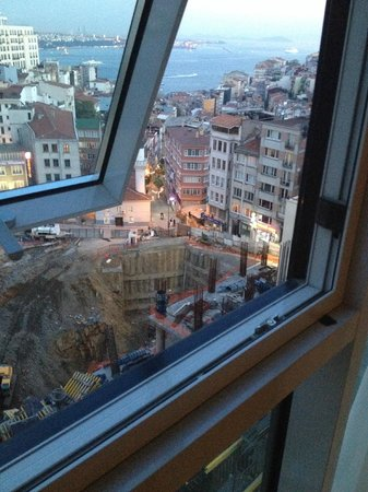 CVK Hotels Taksim: construction site view