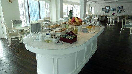 Cape House, Bangkok : Free snacks
