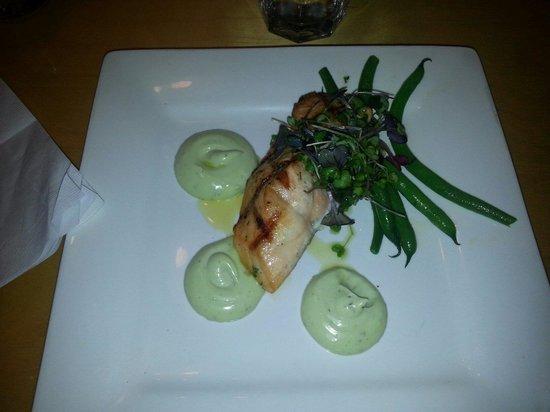 Blackfish Cafe: Salmon. . Great meal.