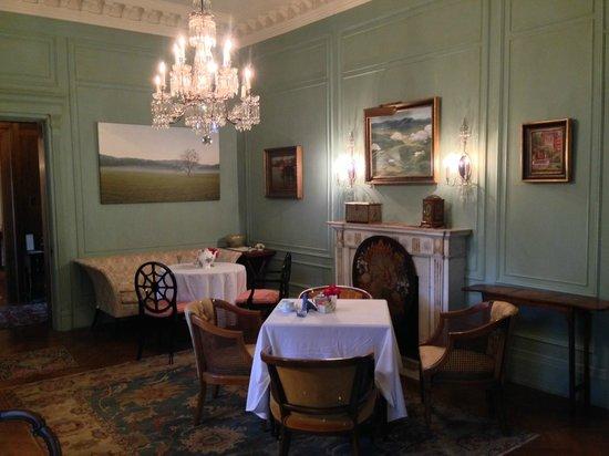 The Inn at Irwin Gardens: Tea Room