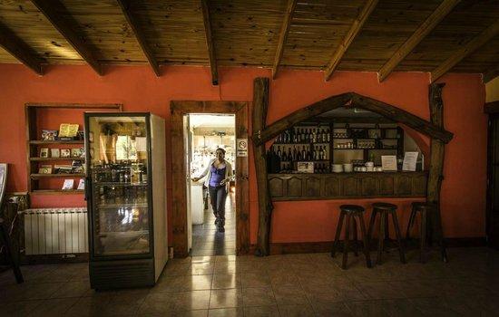 Hosteria Los Nires: Comedor del hostel