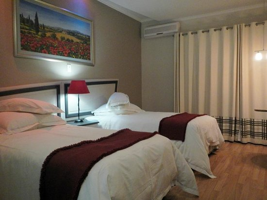 Protea Hotel by Marriott Umfolozi River : bed