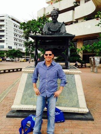 Cartagena City Tours- Day Tours: The main plaza