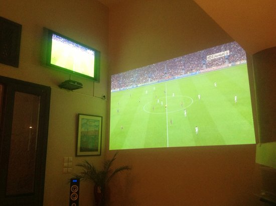 Le duplex : matchs en video-projection et wifi