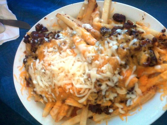 Chippewa Lake, MI: Chili Cheese Fries