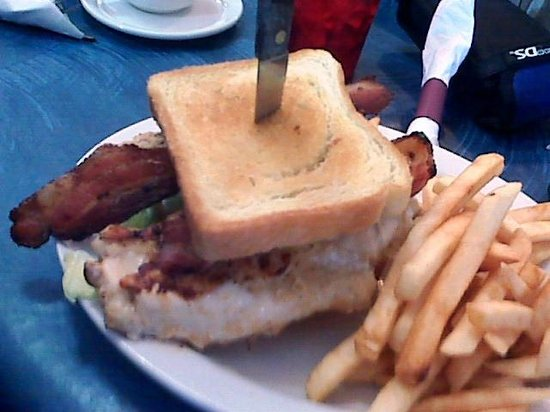 Chippewa Lake, MI: Chicken BLT