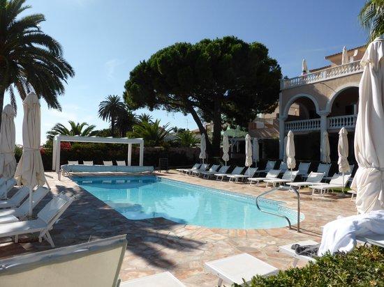 Hotel Les Mouettes : la piscine