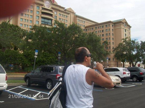 The Falls Shopping Center : Hotel Florida
