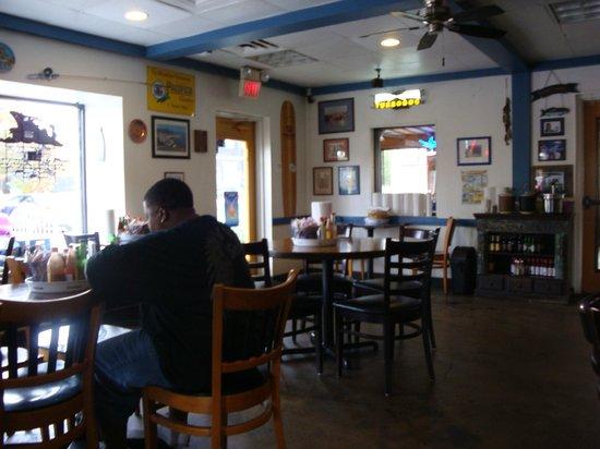 Fish Shack: Inside dining area