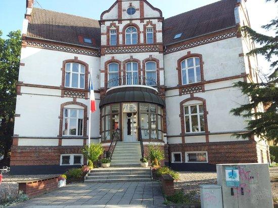 Stadtperle Rostock: Facade of the hotel