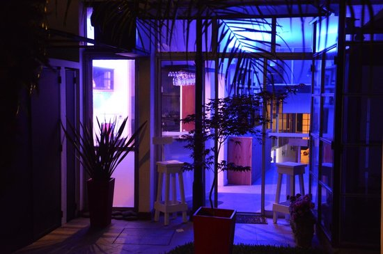 C'Chic Hotel Boutique: C'Chic by Night