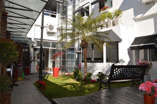 C'Chic Hotel Boutique: The Garden