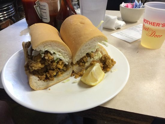 Mother's Restaurant: Oyster Po'boy