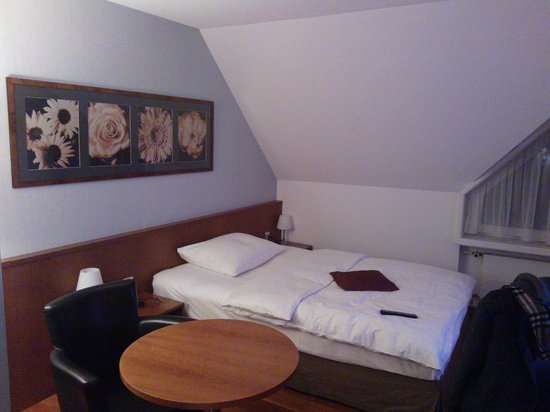 Mövenpick Hotel Egerkingen: room