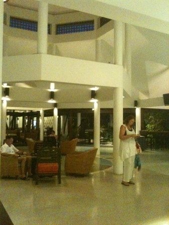 Peace Laguna Resort : Lobby
