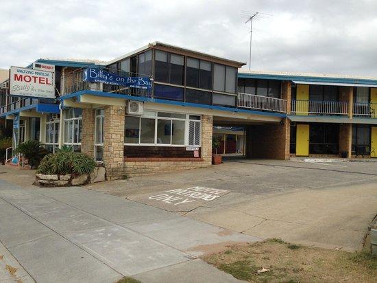 Waltzing Matilda Motel: Motel enterance