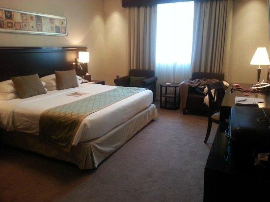 Ramada Jumeirah : chambre double 1