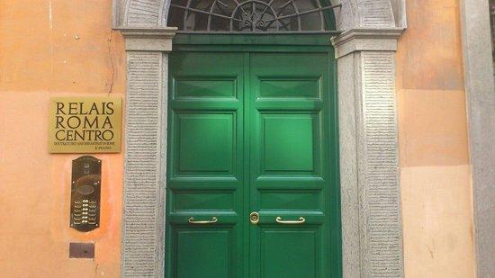 Relais Roma Centro: Ingresso